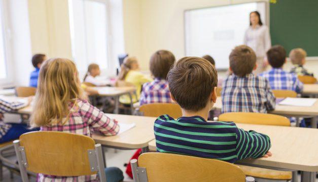 El Tribunal Constitucional avala las subvenciones a colegios que segregan por razón de sexo