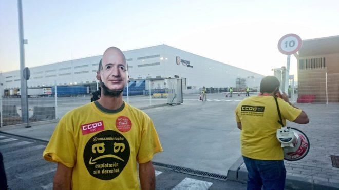 Continúa la huelga de trabajadores de Amazon durante el Prime Day