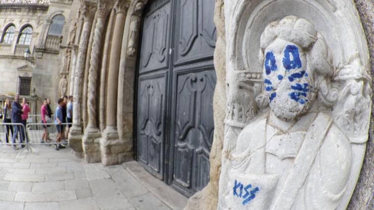 Consecuencias legales de la pintada en la escultura de la Catedral de Santiago de Compostela