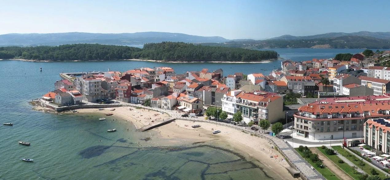 Sancionada la Autoridad Portuaria de Vilagarcía de Arousa por rellenos en el mar con materiales contaminantes