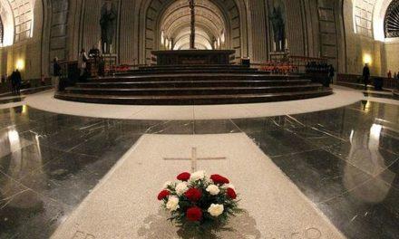 El Tribunal Supremo acuerda la suspensión cautelar de la exhumación del dictador Franco