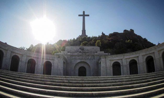 La sentencia dictada por el Tribunal Supremo sobre Franco es título legítimo para acceder al Valle de los Caídos y proceder a la exhumación