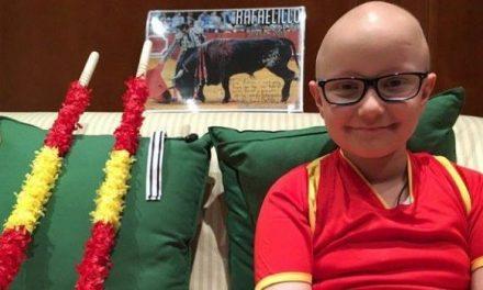 Absueltos los tres acusados que escribieron ofensas públicas hacia el niño enfermo de cáncer que quería ser torero