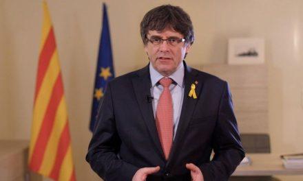 El juez Llarena dicta orden europea e internacional de detención contra Puigdemont