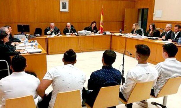 Penas de entre 10 y 12 años a cinco acusados de abusos sexuales en Manresa