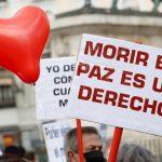 La ley de la eutanasia entrará en vigor en tres meses sin el apoyo de PP y Vox