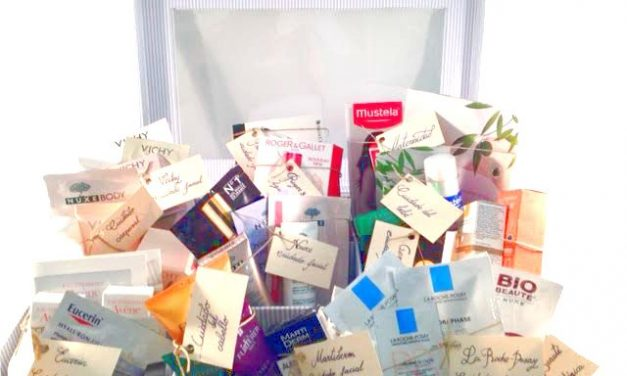 ¿Puede una farmacia obsequiar con productos sanitarios a los pacientes?